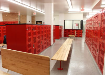 Williamsport - WAHS ~ HS - Interior Locker Room